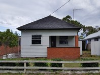 Picture of 49 Beach Street, Tuncurry