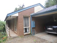 Picture of 1/70 Moores Road, Monbulk