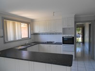 Picture of 76 Gearon Avenue, Rowville