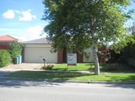 Picture of 329 Centre Road, Narre Warren South