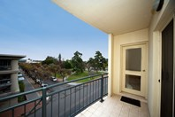 Picture of B27/188 Carrington Street, Adelaide