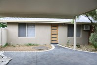 Picture of 4/25 Worcester Road, Gisborne