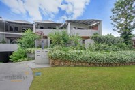 Picture of 1/35 Esperance Street, Red Hill