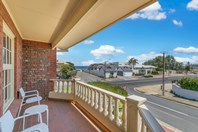 Picture of 1/108 Seaview Road, West Beach