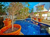 Picture of 121-123 Commodore Drive, Surfers Paradise