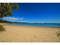 Picture of 0 The Esplanade Svendsens Beach, South Keppel Island, Yeppoon