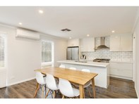 Picture of 5 Albert Avenue, Crafers West