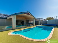 Picture of 42 Beach Road, Watermans Bay
