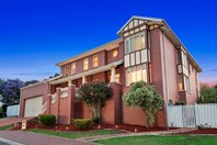 Picture of 51 Templewood Crescent, Avondale Heights