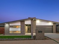 Picture of 95 Langtree Crescent, Crace
