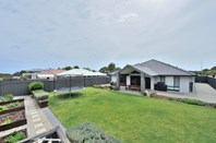Picture of 104 Crystaluna Drive, Golden Bay