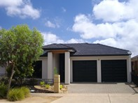 Picture of 3 Jindabyne Street, Andrews Farm