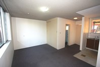 Picture of 9/4 Bank Street, Meadowbank
