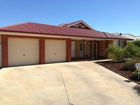 Picture of 16 Swainsona Street, Roxby Downs