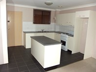 Picture of 2/2-6 Lakeside Drive, Eden