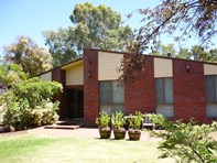 Picture of 39 Kirkstall Way, Sawyers Valley