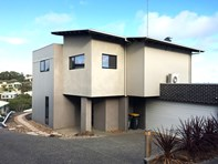 Picture of 1/4-6 Driftwood Street, Ocean Grove