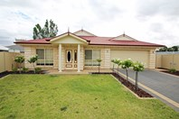 Picture of 35 Ian Showell Drive, Renmark