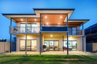 Picture of 9 Arabella Loop, North Coogee