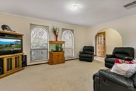 Picture of 54 Brougham Drive, Valley View