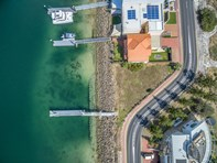 Picture of Gulf Point Drive, North Haven