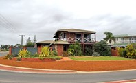 Picture of 2 Crowtherton Street, Bluff Point