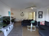 Picture of 1/57 Errol Avenue, Paradise Point