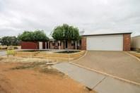 Picture of 12 Gibson Terrace, Burekup