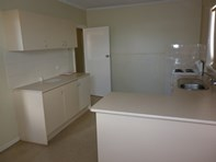 Picture of 2 McKnight