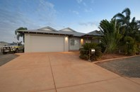 Picture of 8 Kybra Way, Baynton
