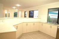 Picture of 12 Rosemoor Court, Glenella
