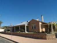 Picture of 1 Thompson Street, Waikerie