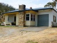 Picture of 18 Torrens Valley Rd, Chain Of Ponds