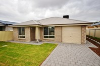 Picture of 17 Cairns Crescent, Riverton