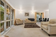 Picture of 2 Rydal Place, Wheelers Hill