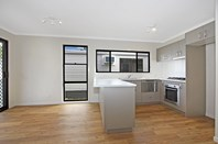 Picture of 140/140 Hollinsworth Road, Marsden Park