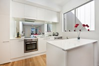 Picture of 10/11-13 Daly Street, Adelaide