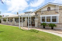 Picture of 446 Military Road, Largs Bay