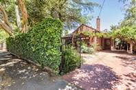 Picture of 90 Richmond Road, Hawthorn