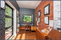 Picture of 3 Normanby Crescent, Deakin