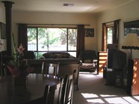 Picture of 1 Stanley Place, Clare