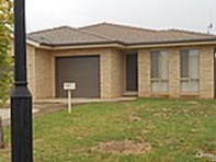 Picture of 4/80 Close Street, Parkes