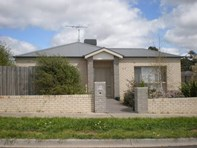 Picture of 1/35D GEORGE STREET, Kilmore