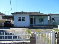 Picture of 142 Hamilton Rd, Fairfield
