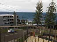 Picture of 4/10 Ernest Street, Kings Beach