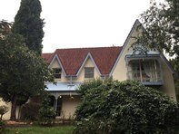 Picture of 5 Fairway Drive, Bowral
