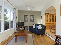 Picture of 49 Woodside Drive, Rowville
