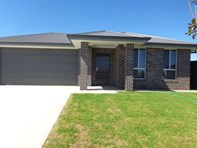 Picture of 1 Grand Meadow Drive, Tamworth