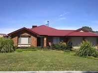 Picture of 7 Ian Ross Drive, Williamstown