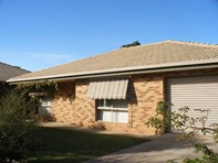 Picture of 2/3 Leena Place, Wagga Wagga